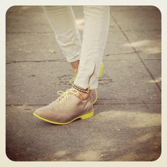 Neonfarget skosåle