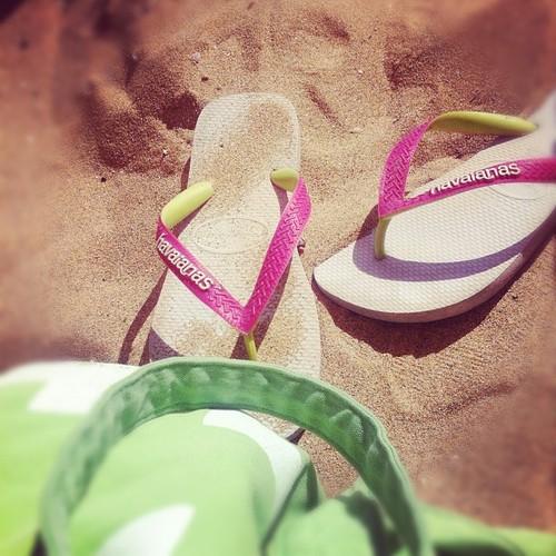 flipflops i sanden