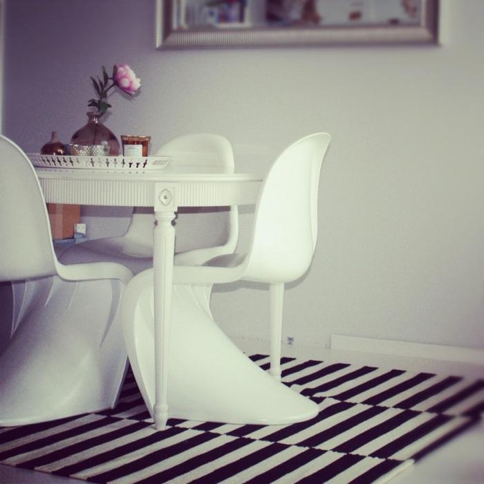 spisestuen med teppe, Stockholm fra Ikea
