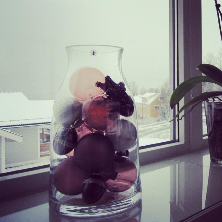 julekuler i vase